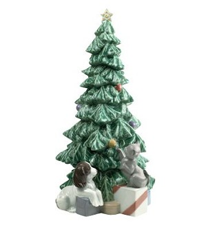 Nao Porcelain-CHRISTMAS MISCHIEF