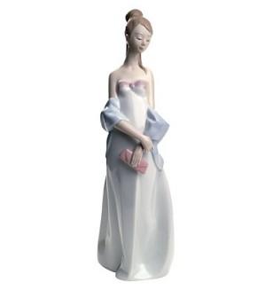 Nao Porcelain-SWEET ELEGANCE