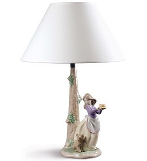 Nao Porcelain-PUPPY'S BIRTHDAY - LAMP (US)