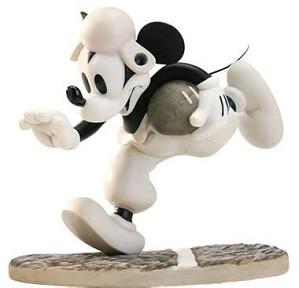 WDCC Disney Classics-Touchdown Mickey Rah, Rah, Mickey