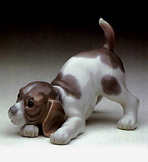 Lladro-Beagle Puppy 1969-90