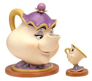 WDCC Disney Classics-Beauty And The Beast Mrs. Potts And Chip