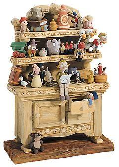 WDCC Disney Classics-Pinocchio Geppetto's Toy Creations (hutch) Geppetto's Toy Creations