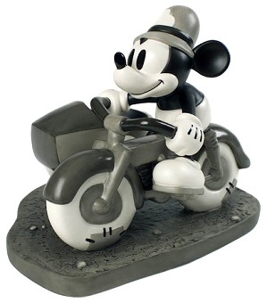 WDCC Disney Classics-The Dog Napper Mickey Mouse On Patrol