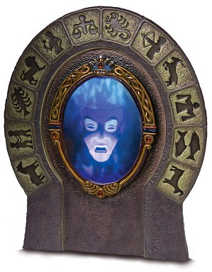 WDCC Disney Classics-Snow White Magic Mirror What Wouldst Thou Know, My Queen