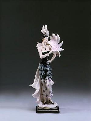 Giuseppe Armani-Stephanie   Ret 05