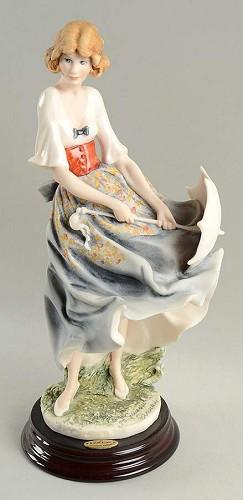 Giuseppe Armani-Mariah 2001 Figurine Retire 2002