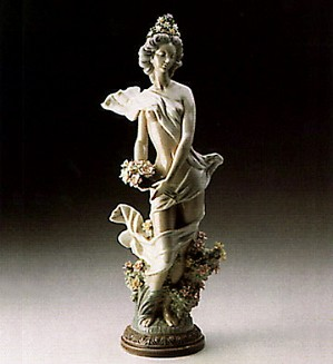Lladro-Classic Spring 1985 Le 1500