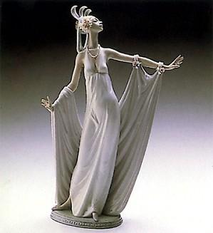 Lladro-Grand Dame 1987-2000