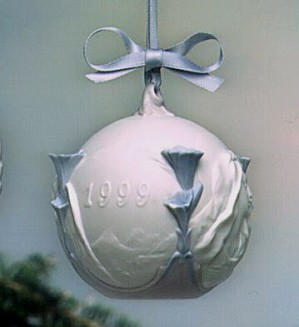 Lladro-Christmas Ball 1999 Ornament