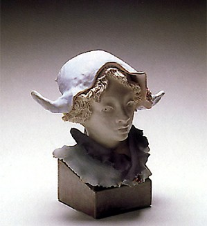 Lladro-Goyescas Harlequin With Cornered Hat 1988-91
