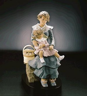 Lladro-A Treasured Moment