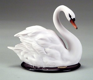Giuseppe Armani-Swan - Left Side