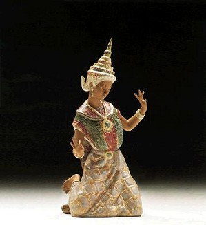 Lladro-Thai Dancer 1977-99