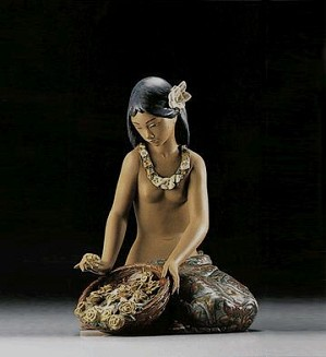 Lladro-HawaIIan Flower Vendor 1982-2000