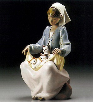 Lladro-Lap Full Of Love 1995-99