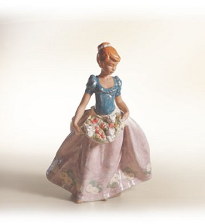 Lladro-An Apron Full Of Joy