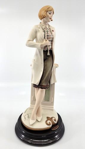 Giuseppe Armani-Lady Doctor