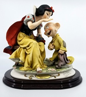 Giuseppe Armani-Snow White Kissing Dopey Artist Signed