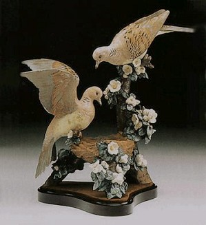 Lladro-Turtle Dove Nest Le 1200  1980-94