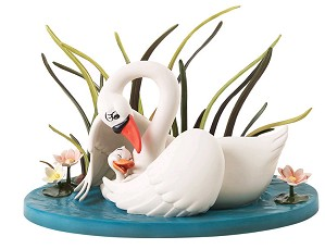 WDCC Disney Classics-The Ugly Duckling And Mother A Loving Embrace