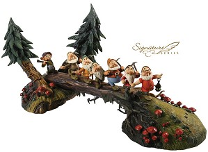 WDCC Disney Classics-Snow White And The Seven Dwarfs Heigh Ho