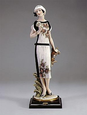Giuseppe Armani-Heather 99 Event Figurine