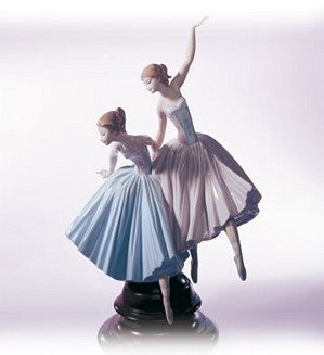 Lladro-Merry Ballet