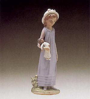 Lladro-Belinda And Her Doll 1980-95