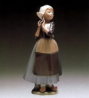 Lladro-Dutch Girl with Braids 1980-85