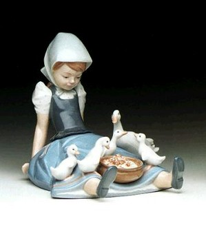 Lladro-My Hungry Brood 1980-97