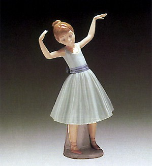 Lladro-Ballet First Step
