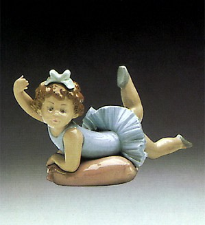 Lladro-Little Ballet Girl 1982-85