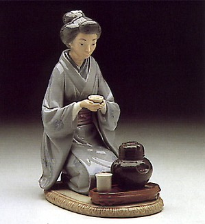 Lladro-August Moon 1982-93