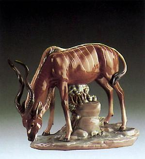 Lladro-Antelope Drinking 1985-98