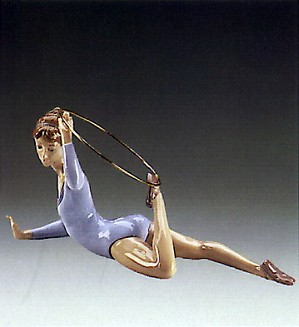 Lladro-Gymnast With Ring 1985-87