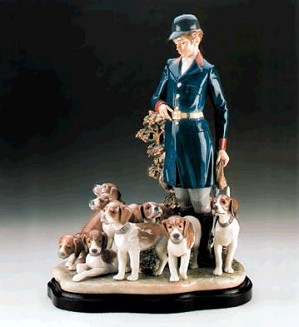 Lladro-Master Of The Hounds Le3000