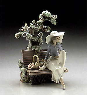 Lladro-Sunday In The Park 1986-96