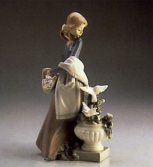 Lladro-In The Garden 1987-96