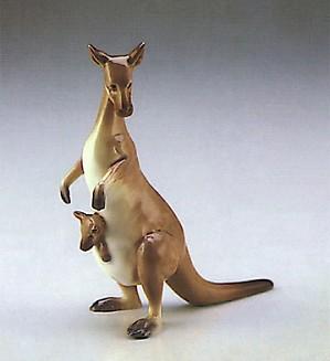 Lladro-Minature Kangaroo 1987-90