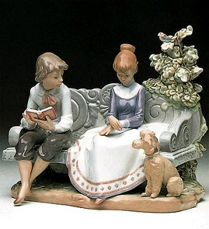 Lladro-Poodle Loves Poetry 1987-98