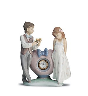 Lladro-Time For Love 1993-2001 ***