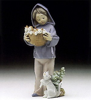 Lladro-Mother's Little Helper