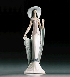 Lladro-Lady Of Nice 1995-99