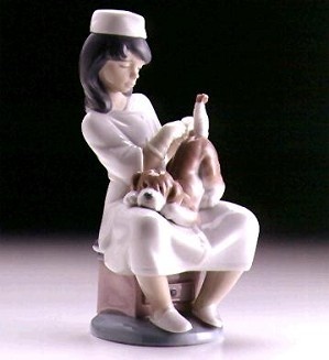 Lladro-Little Veterinarian 1997-99