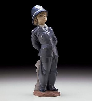 Lladro-Little Policeman 1997-00