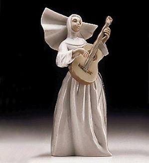 Lladro-Sister With Guitar Usa 1997-99