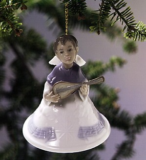 Retired Lladro-Heavenly Musician