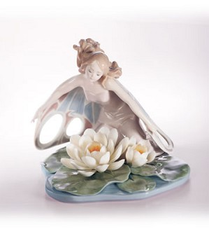 Retired Lladro-Wings Of Fantasy