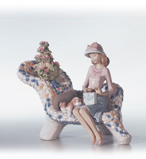 Retired Lladro-Parque Guell (gaudi Coll.)